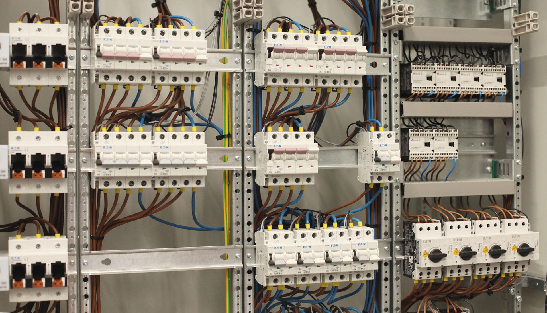 schakelpaneel-elektrotechniek